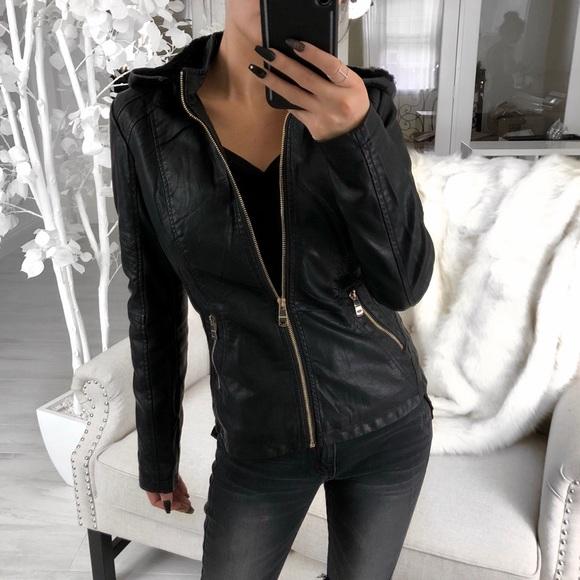 113f05dc1d6c Handbags - 🆕EMERY Black Classic Jacket